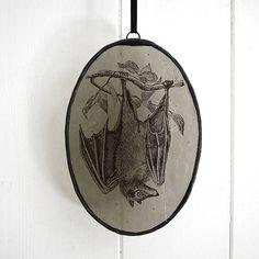 Vitral colgante Oval Bat en recuerdo gris / gótica /