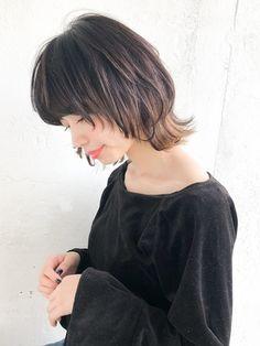 Pin on Hair Short Bob Hairstyles, Cool Hairstyles, Popular Hairstyles, Hair Inspo, Hair Inspiration, Asian Hair, Dream Hair, Love Hair, Cut And Color