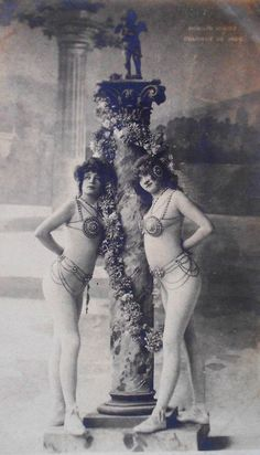 postcard from my personal collection  Edwardian dancers at Moulin Rouge