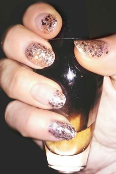 Glamour glitter nails by 'nails art'
