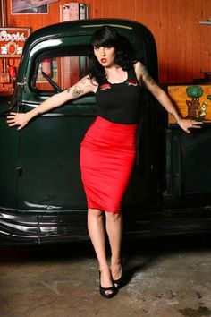 A pencil skirt and tats, doesnt get much better than that! Love the vintage truck in the back :) Retro Pencil Skirt in Racy Red by Pinup Couture Rockabilly Outfits, Rockabilly Fashion, Retro Fashion, Vintage Fashion, Rockabilly Style, Rockabilly Girls, Rockabilly Ideas, Women's Fashion, Soft Grunge