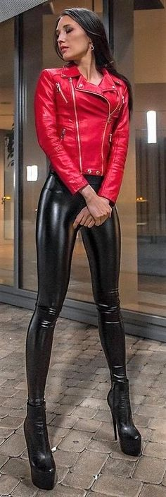 Кожаная Леди ❤ - Girls in Leder Latex Wetlook - Leather Leggings Outfit, Shiny Leggings, Leggings Are Not Pants, Fashion Moda, Look Fashion, Leather And Lace, Leather Jacket, Mode Latex, Leder Outfits