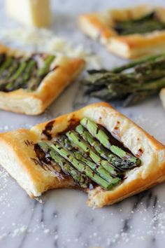 Asparagus Tart with Balsamic Reduction - This is one of the easiest appetizers I have ever made, and it looks so elegant and sophisticated!