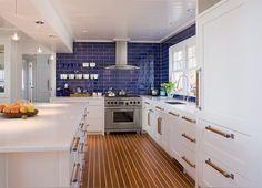 16- cozinha armário azul moderna