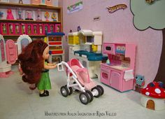 1:6th Scale Barbie Toy Store Diorama | Flickr - Photo Sharing! Barbie Toys, Barbie I, Barbie World, Barbie Miniatures, Barbie Fashionista Dolls, Rement, Barbie Accessories, Barbie Furniture, Baby Store