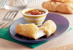 """Here's a great way to dress up mozzarella sticks…just try this baked version that uses golden puff pastry as the """"breading"""". You'll find that the melted mozzarella together with the flaky pastry is a delectable combination. Prego Sauce Recipe, Balsamic Chicken, Balsamic Vinegar, Best Meatballs, Good Food, Yummy Food, Mozzarella Sticks, Flaky Pastry, Soft Pretzels"""