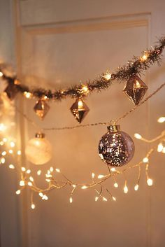 Christmas Garland & String Lights for Trees Cozy Christmas, Christmas Holidays, Christmas Decorations, Christmas Crafts, Christmas Feeling, Xmas, Christmas Ideas, Tinsel Garland, Light Garland