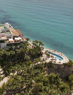 Hotel con encanto en Alicante con estupendas vistas al mar http://www.montiboli.es/