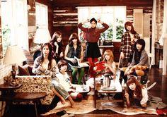 Taeyeon, Tiffany, Jessica, Yoona, Yuri, Seohyun, Hyoyeon, Sooyoung, Sunny - SNSD Girls Generation