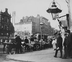 Name: cbAldgate High Street 1899 03.jpg Views: 1559 Size: 90.0 KB
