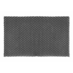 Für Innen und Außen: Fußmatte aus grob geflochtenen, dicken Polypropylengarnsträngen. Sie ist wasser- und verrottungsfest. - Universalmatte Pool