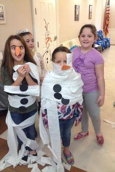 Concours d'Olaf en papier de toilette! hihi j'adore