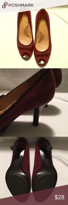 Soft peep toe pumps Beautiful suede and patent pump in two shades of burgundy. 3 inch heel in MINT condition. Sofft Shoes Heels