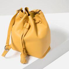 Image 4 of TASSELLED BUCKET BAG from Zara