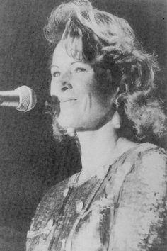 Frida back on stage in 1992