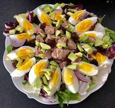 Sałatka z tuńczykiem i awokado - Blog z apetytem Anti Pasta Salads, Pasta Salad Recipes, Cobb Salad, Good Food, Food And Drink, Lunch, Drinks, Cooking, Fitness