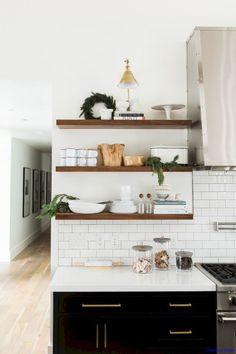 Luxurious Black and White Kitchen Design Ideas 008