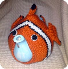 Free Knitting Pattern - Cozies: Nemo Tea Cosy by janice Tea Cosy Knitting Pattern, Tea Cosy Pattern, Easy Knitting, Knitting Patterns, Crochet Patterns, Free Pattern, Grannies Crochet, Knit Crochet, Knitting Projects