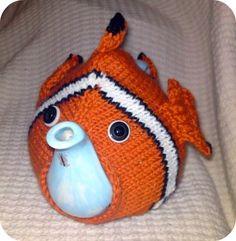 Free+Knitting+Pattern+-+Cozies:+Nemo+Tea+Cosy