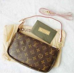 c102562696dc7 Louis Vuitton Pochette Accessoires bag  Louisvuittonhandbags Pochette Louis  Vuitton