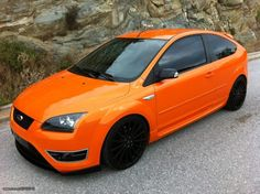 Electric Orange Ford Focus ST mk2 before facelifting