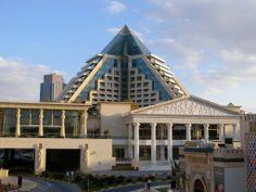 Dubai Raffles Hotel at Wafi http://ilovedubai.co/ #hotel #dubai #travel