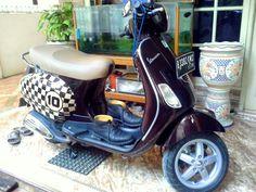 My lovely vespa lx 150 3v marrone terra di toscana + havana joe shoes