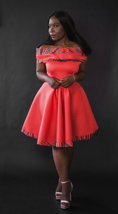 Melapteh Ambazonia dress in coral/salmon. Off-shoulder African dress. Remilekun Melapteh Ambazonia dress in coral/salmon. Off-shoulder African dress. Short African Dresses, African Wedding Dress, African Print Dresses, African Dress Styles, African Fashion Ankara, Latest African Fashion Dresses, African Print Fashion, Africa Dress, African Attire
