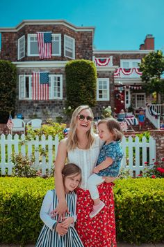 A Guide to San Diego with Kids: Where to Stay, Eat and Play - The Effortless Chic San Diego Travel, San Diego Zoo, Family World, Mission Beach, Swimming Outfit, Tide Pools, Pacific Beach, Effortless Chic, Kid Friendly Meals