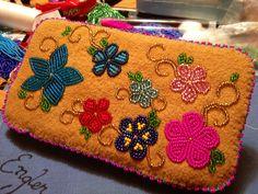 Beaded wallet made by Julianna Engler @907engler