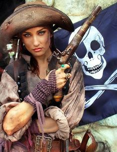 Dressed in common pirate rags. Wielding a hand canon. Pirate Cosplay, Pirate Garb, Female Pirate Costume, Queen Costume, Pirate Wench, Pirate Queen, Pirate Woman, Pirate Life, Lady Pirate