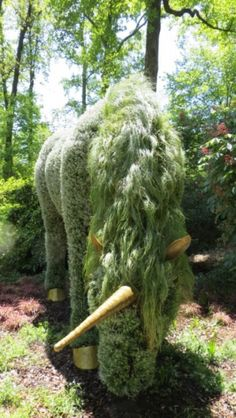 "Unicorn Garden Sculpture - From my board ""Garden-Sculptures-Topiary"" #Luxurydotcom"