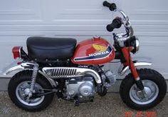 looks like my mini bike from the Enduro Motorcycle, Motorcycle Art, Vintage Honda Motorcycles, Cars And Motorcycles, Mini Bike, Bike Pic, Four Wheelers, 50cc, Dirtbikes