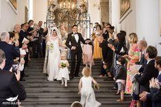 Hochzeit Schloss Mönchstein Salzburg - Claudia & Manuel - Foto Sulzer Blog Bridesmaid Dresses, Wedding Dresses, Salzburg, Kirchen, Blog, Fashion, Pictures, Engagement, Dress Wedding