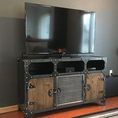 Metal and Wood Media Console Vintage Industrial HiFi Record Industrial Design Furniture, Industrial Interiors, Metal Furniture, Modern Industrial, Vintage Furniture, Furniture Ideas, Woodworking Furniture, Woodworking Ideas, Entertainment Center