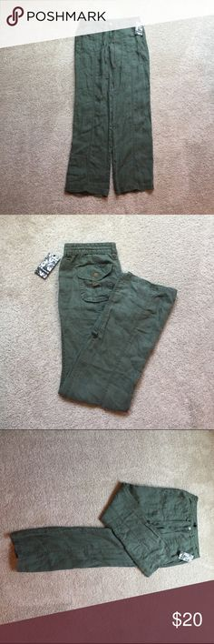 Hurley linen pants❤️ Very lightweight linen pants. Can be folded and buttoned into place. Hurley Pants