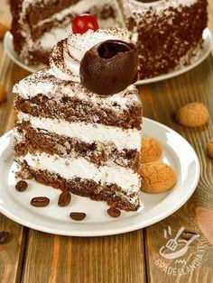 La Torta alla mousse di ricotta è uno dei dessert più golosi che ci sono. Facile da preparare, renderà il vostro dopocena un momento dolcissimo. Cupcakes, Mousse, Chocolate, Biscotti, Allrecipes, Food Dishes, Sweet Recipes, Tiramisu, Latte
