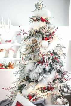 beautiful wintery effect with a hint of red christmas home beautiful christmas trees christmas - 2017 Christmas Tree Decorations