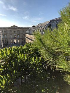 Terrasse Paris Louvre balcon