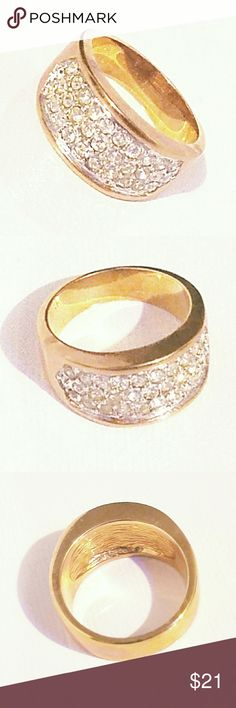Golden Plated Crystal Band Ring A best Selling Jankuo piece, decorated with golden plating band and crystals. This comes in sizes of... SIZE 8 SIZE 9  SIZE 10 SIZE 13 jankuo  Jewelry Rings