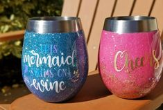 personalized stemless wine glasses Money Making Crafts, Easy Crafts To Make, How To Make Money, Diy Wine Glasses, Stemless Wine Glasses, Glitter Wine, Glitter Crafts, Glitter Cups, Glitter Decorations