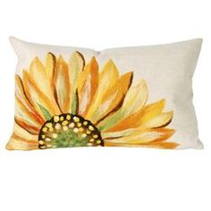 Paint this sunflower on a drop cloth to make tablecloth