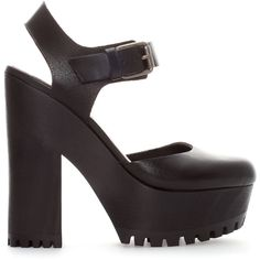 Zara High Heel Wood And Leather Sandal ($30) ❤ liked on Polyvore featuring shoes, sandals, heels, zara, black, wooden sandals, heeled sandals, black shoes, black heel sandals and black sandals