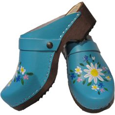 Sky Blue Malin | Tessa Clogs