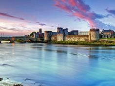 King John's Castle, one of the most well preserved Norman-style castles in Europe | 10 Most Amazing Castles in Ireland You Should Visit