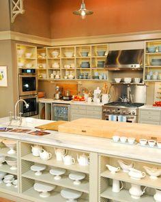 Kitchen organisation... Martha Stewart style!