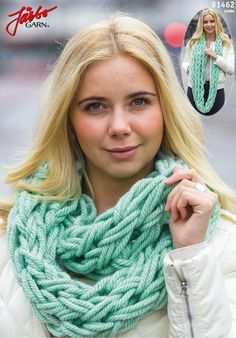Arm knitted chunky cowl.