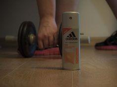 Bardzo dobrze sprawdza się podczas ćwiczeń. Nie trzeba się martwić o nieprzyjemny zapach potu bo bardzo dobrze chroni aż do 72h.
