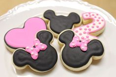 Minnie or Mickey Mouse Cookies by AuntieBeasBakery on Etsy, $45.00