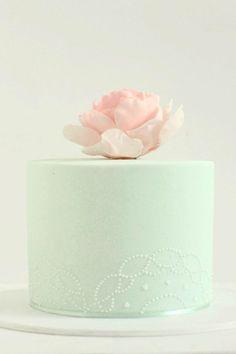 Mooie eenvoud #Mintgroen #trouwtaart